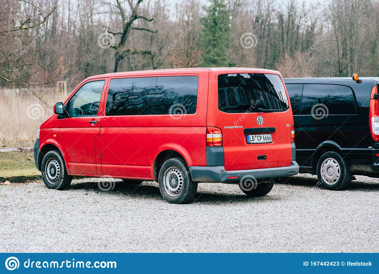 Side Rear View Of Two Vans A Volkswagen Transporter Red And A Mercedes Benz Viano Car Editorial Stock Photo Image Of Outdoor Truck 167442423