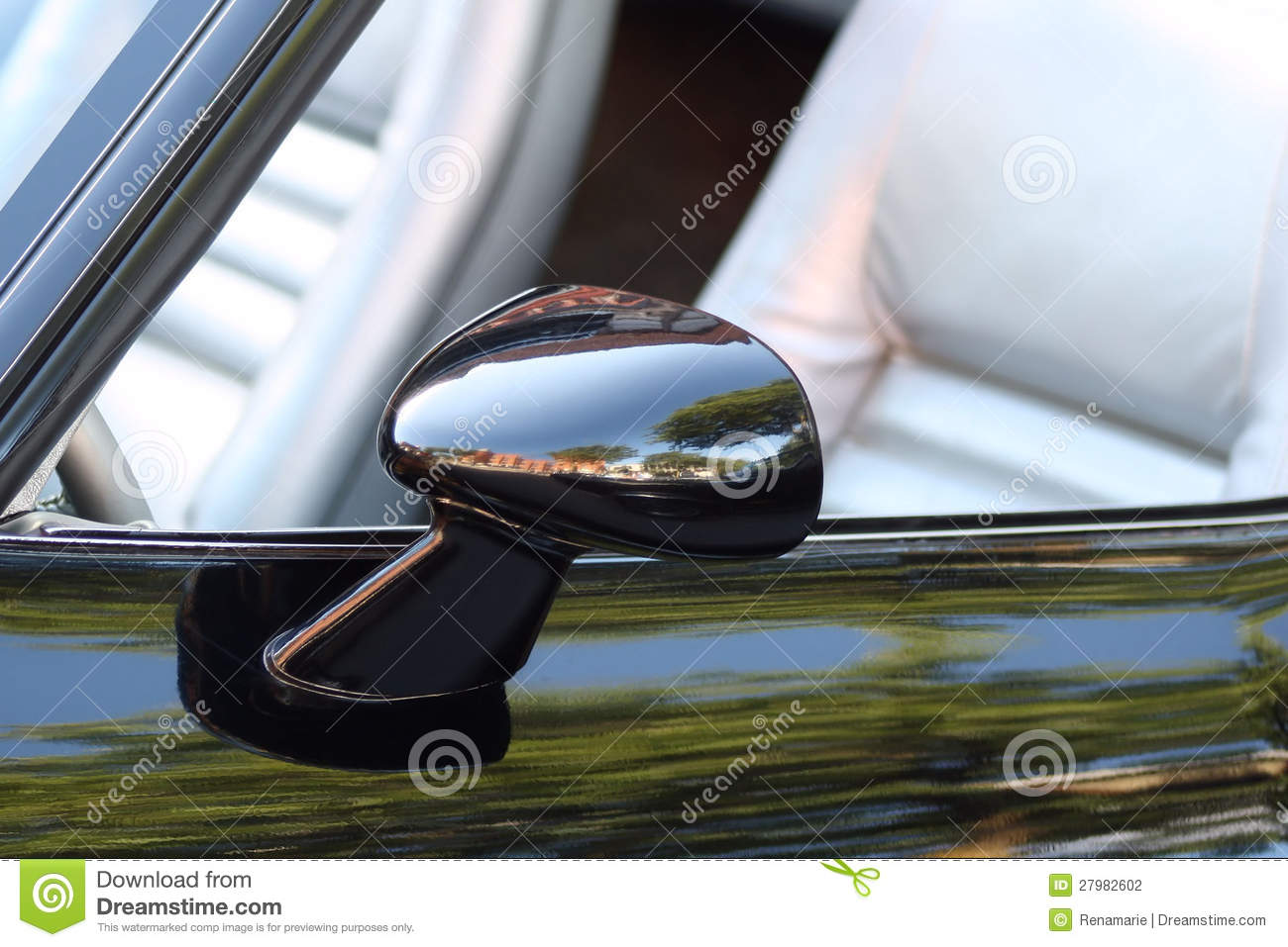 Side View Mirror On Classic Car Stock Photography Image
