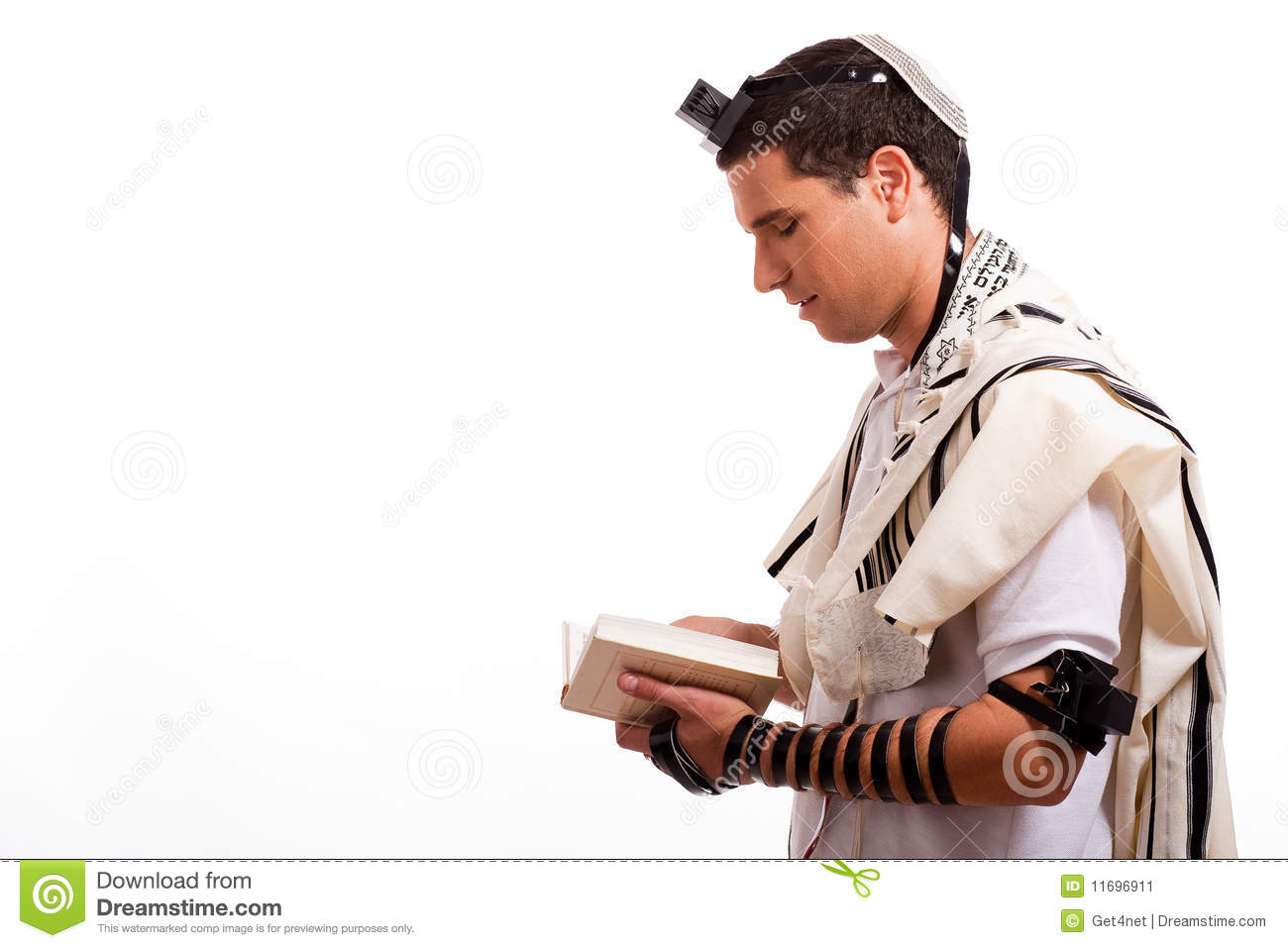 jewish single men in church view Please take my fatherly advice: you are better off single than with the wrong guy.