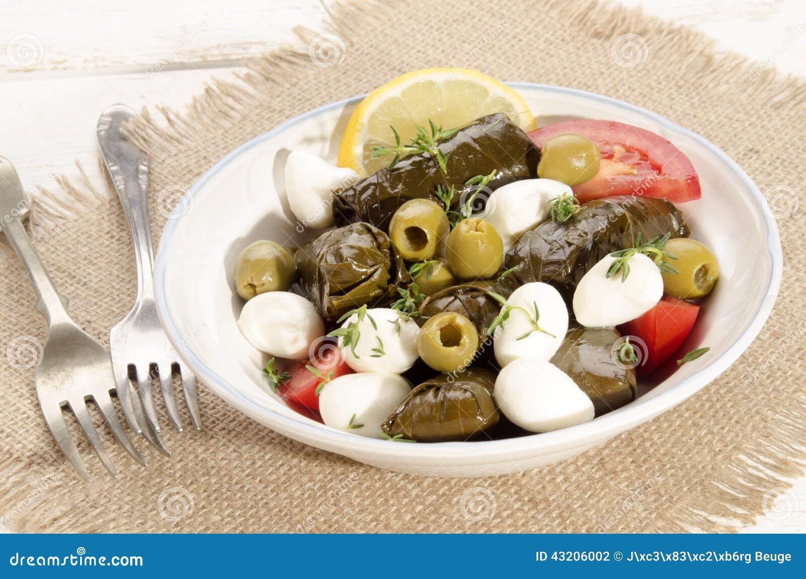 Download Sidor För Välfylld Druva Och Mozzarellabollar Arkivfoto - Bild av lunch, gourmet: 43206002