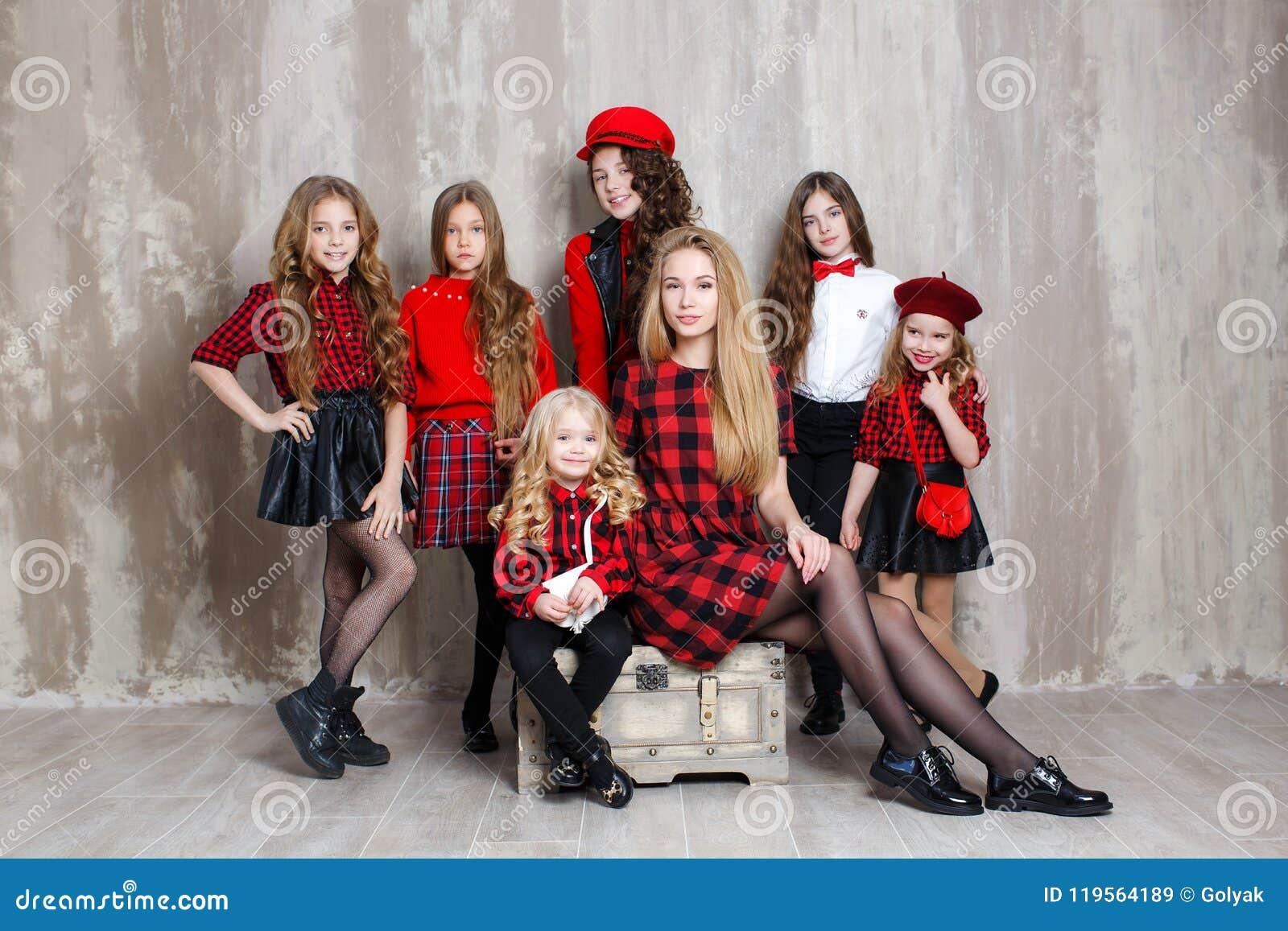 Mädchen 18 hübsch