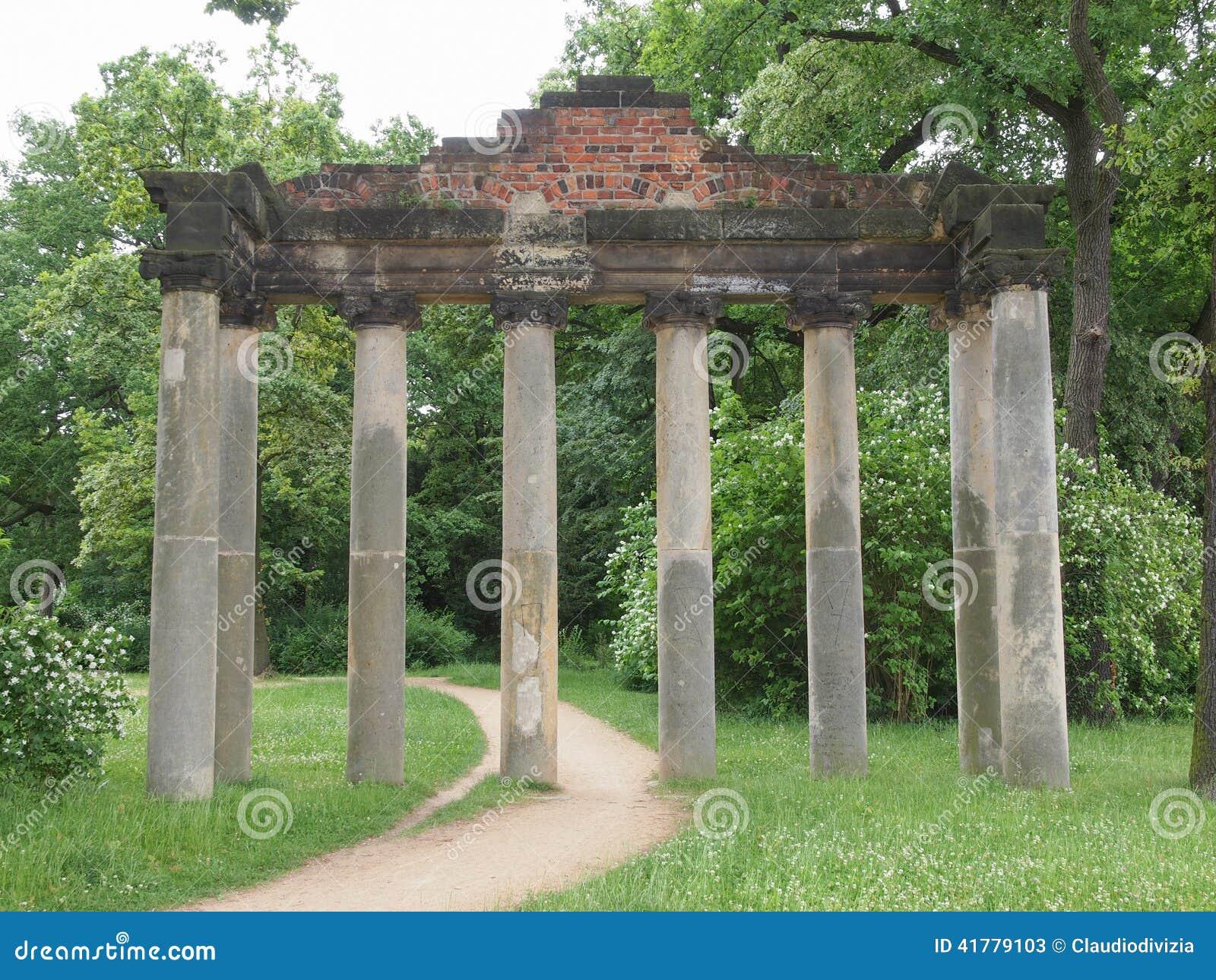 sieben saeulen ruins in dessau germany stock image image of saulen anhalt 41779103. Black Bedroom Furniture Sets. Home Design Ideas