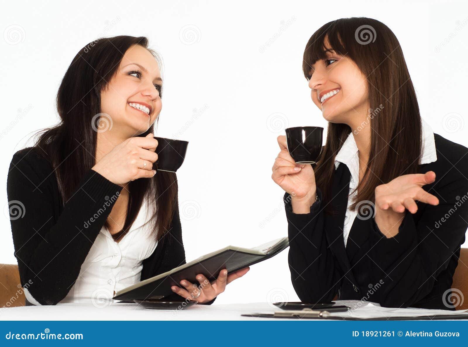 Siedzące stołowe kobiety