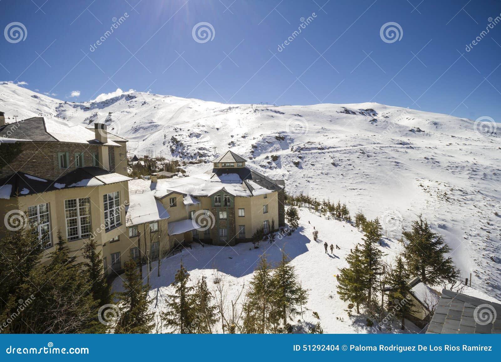 Sierra nevada granada espanha foto de stock imagem de - Apartamentos baratos en sierra nevada ...