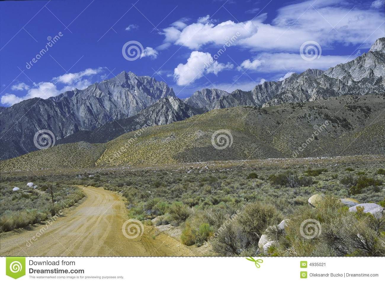 sierra nevada mountains seen from owens valley stock image image of panorama rugged 4935021. Black Bedroom Furniture Sets. Home Design Ideas