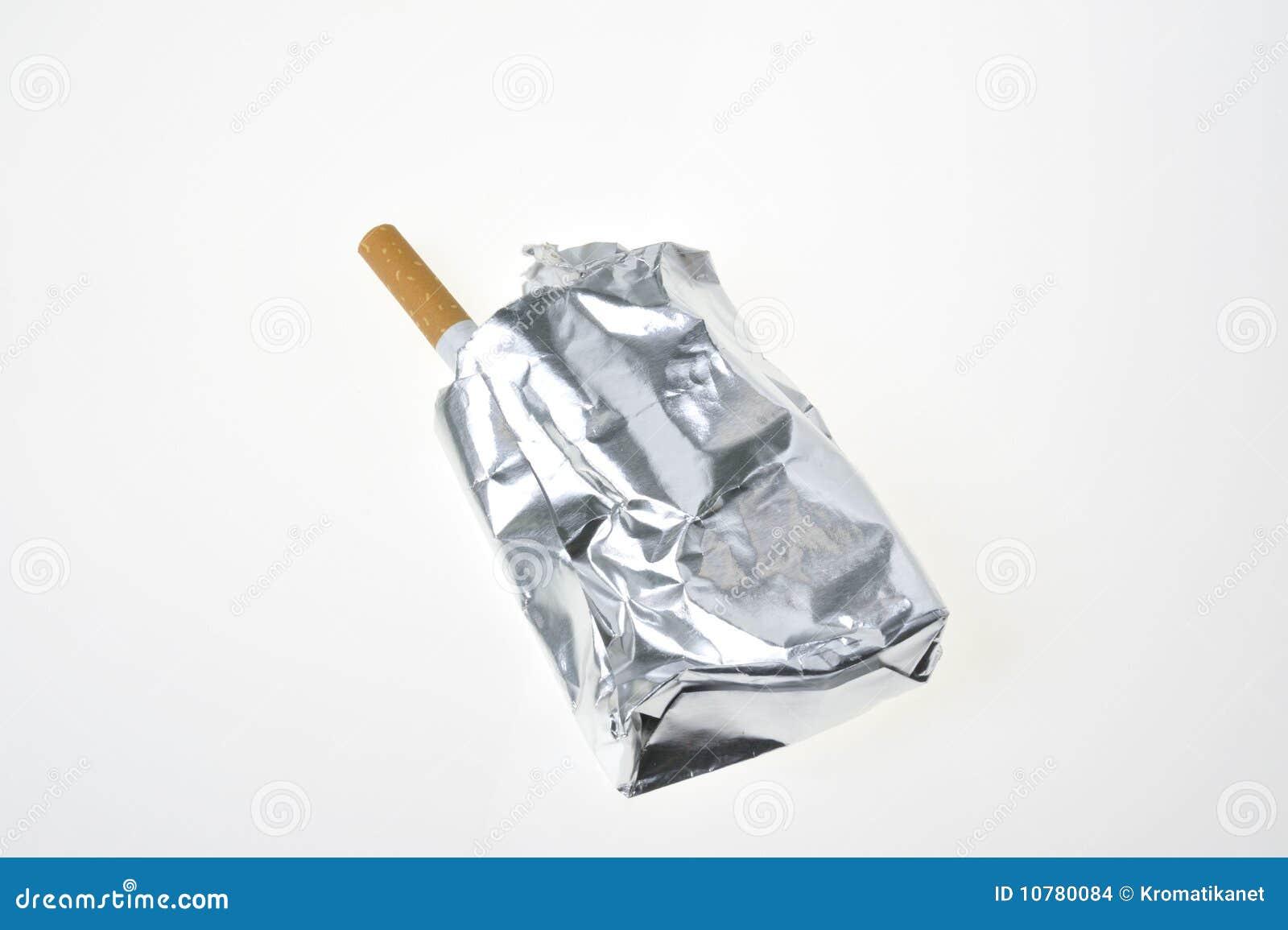 Sigaret met aluminiumpakket