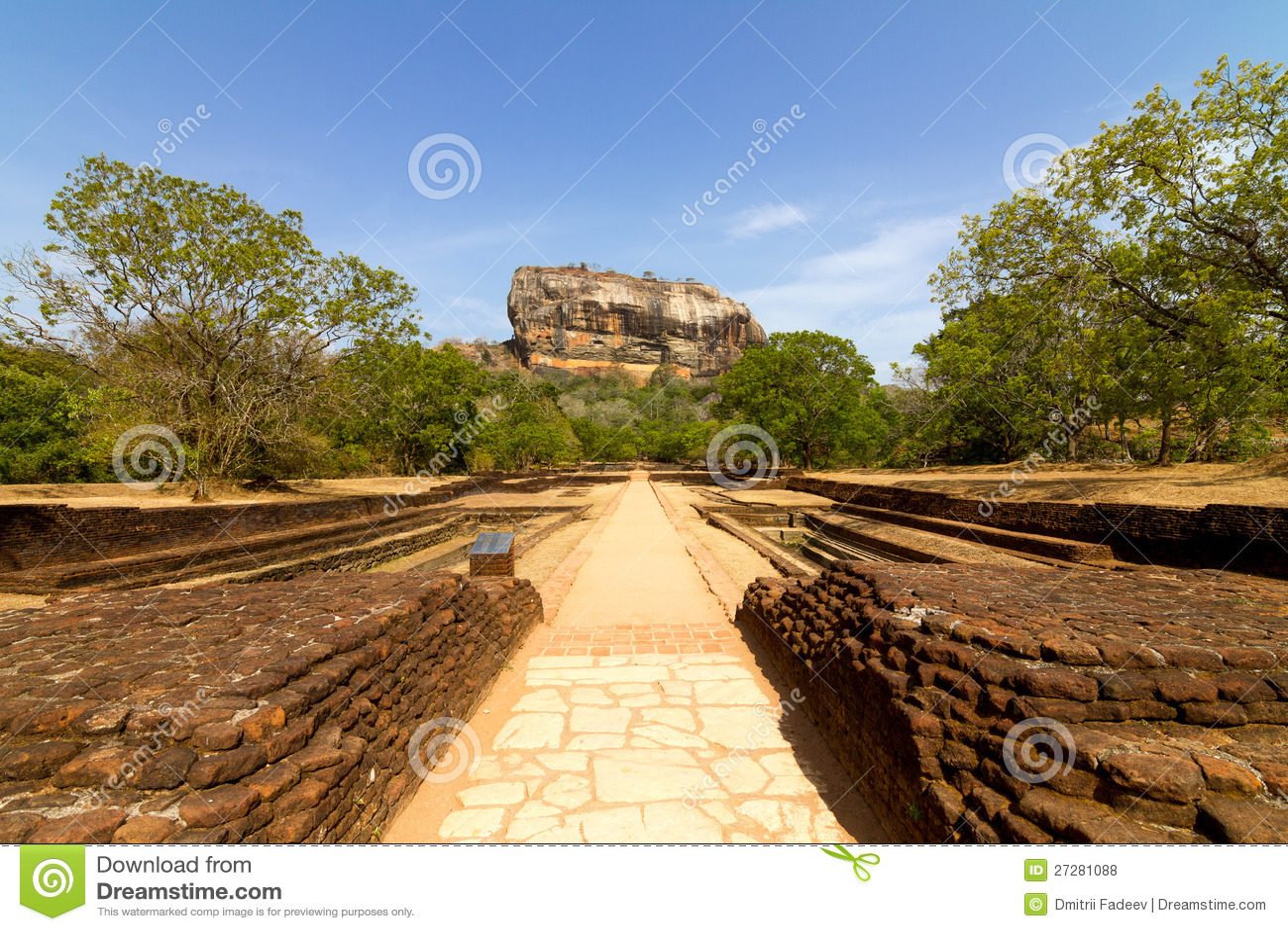 Sigiriya狮子的岩石堡垒在斯里南卡