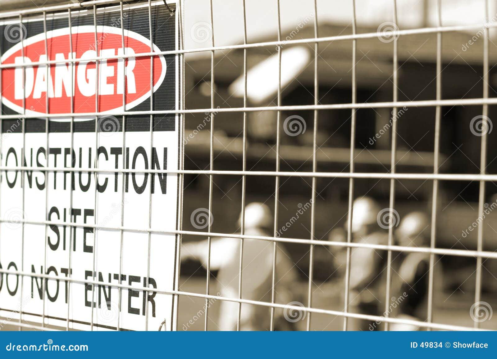 Signage und Bauarbeiter