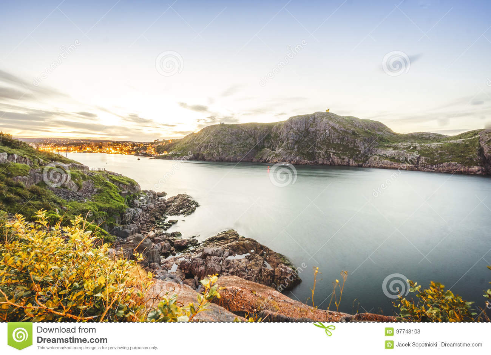 Signalisieren Sie Hügel und belichtetem ` s, Neufundland, Kanada Johannes