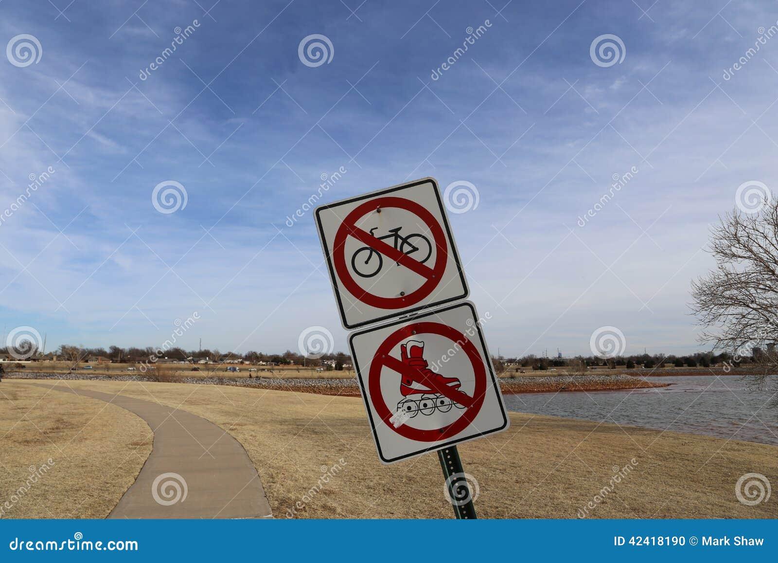 Signe au parc