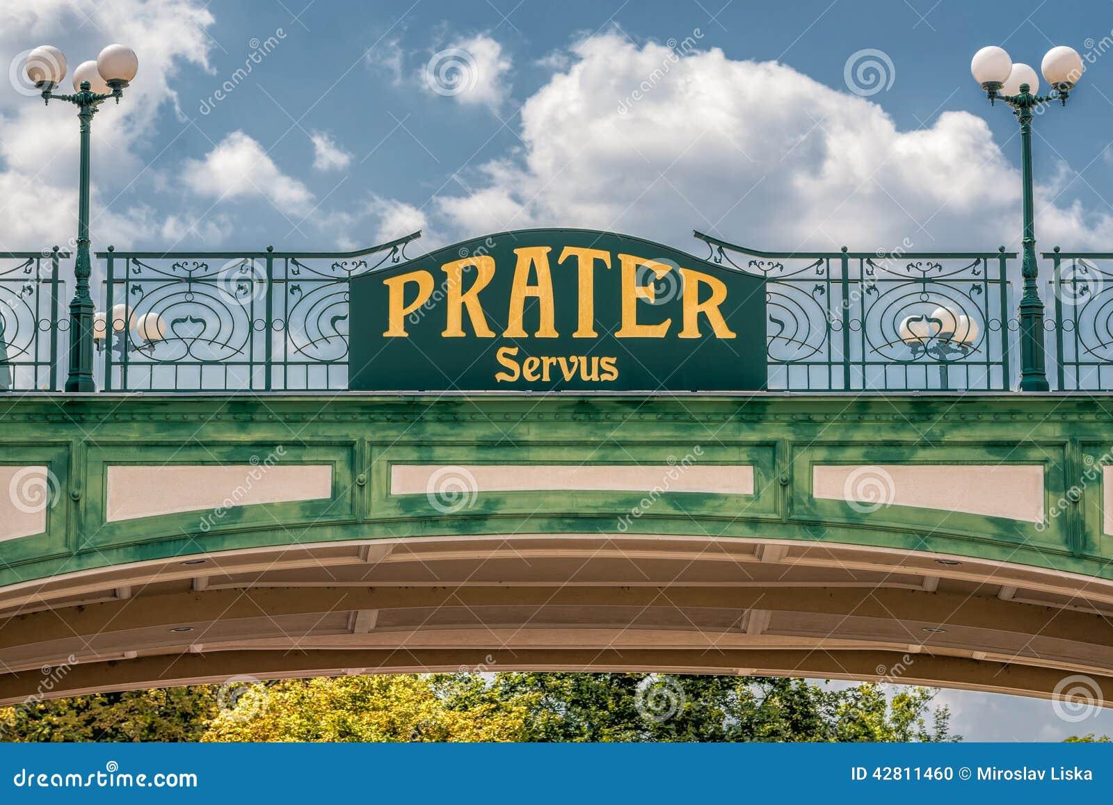 Signe bienvenu à l entrée du parc public de Prater à Vienne