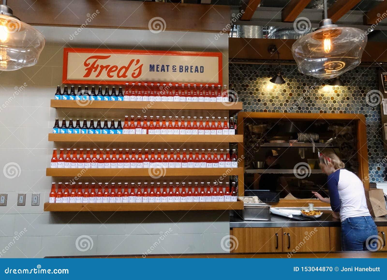 Signe de drapeau américain pour un restaurant