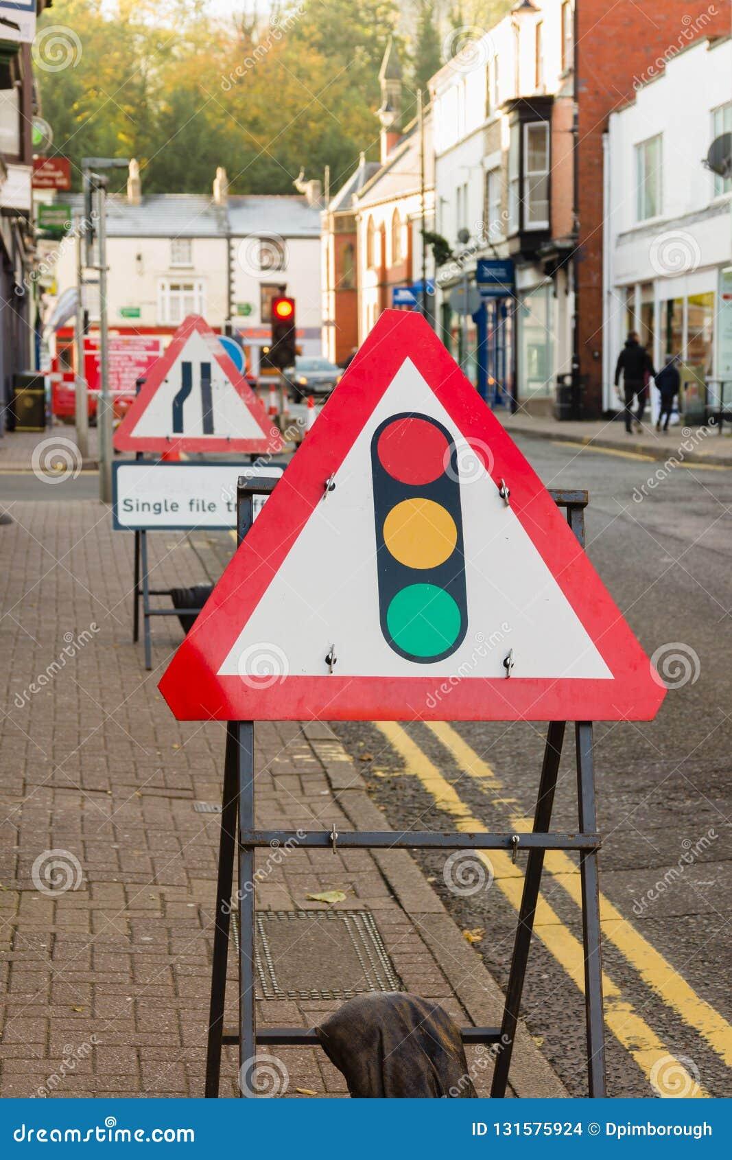 Signes provisoires de courses sur route