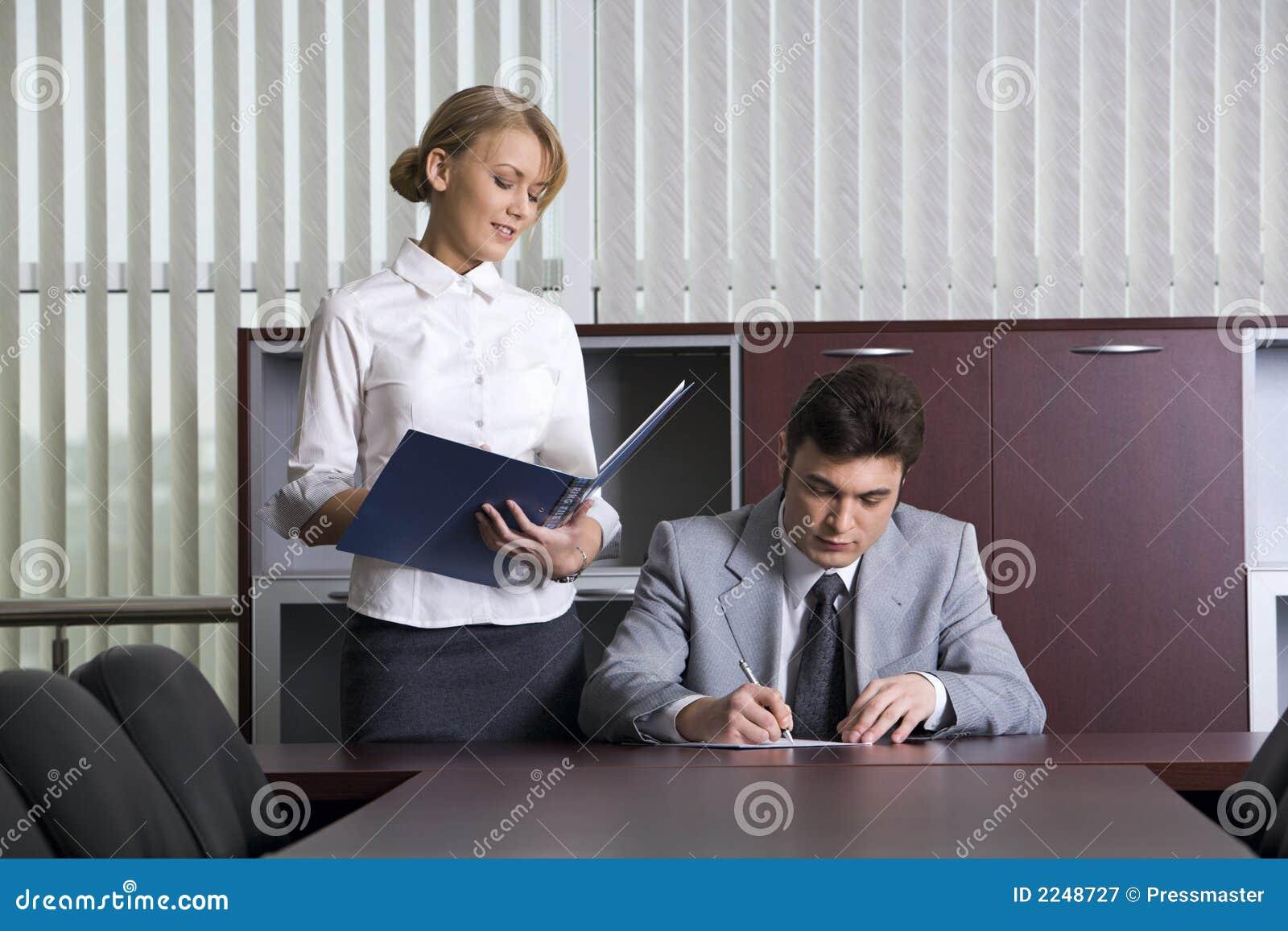 Секретарша с начальникам 12 фотография