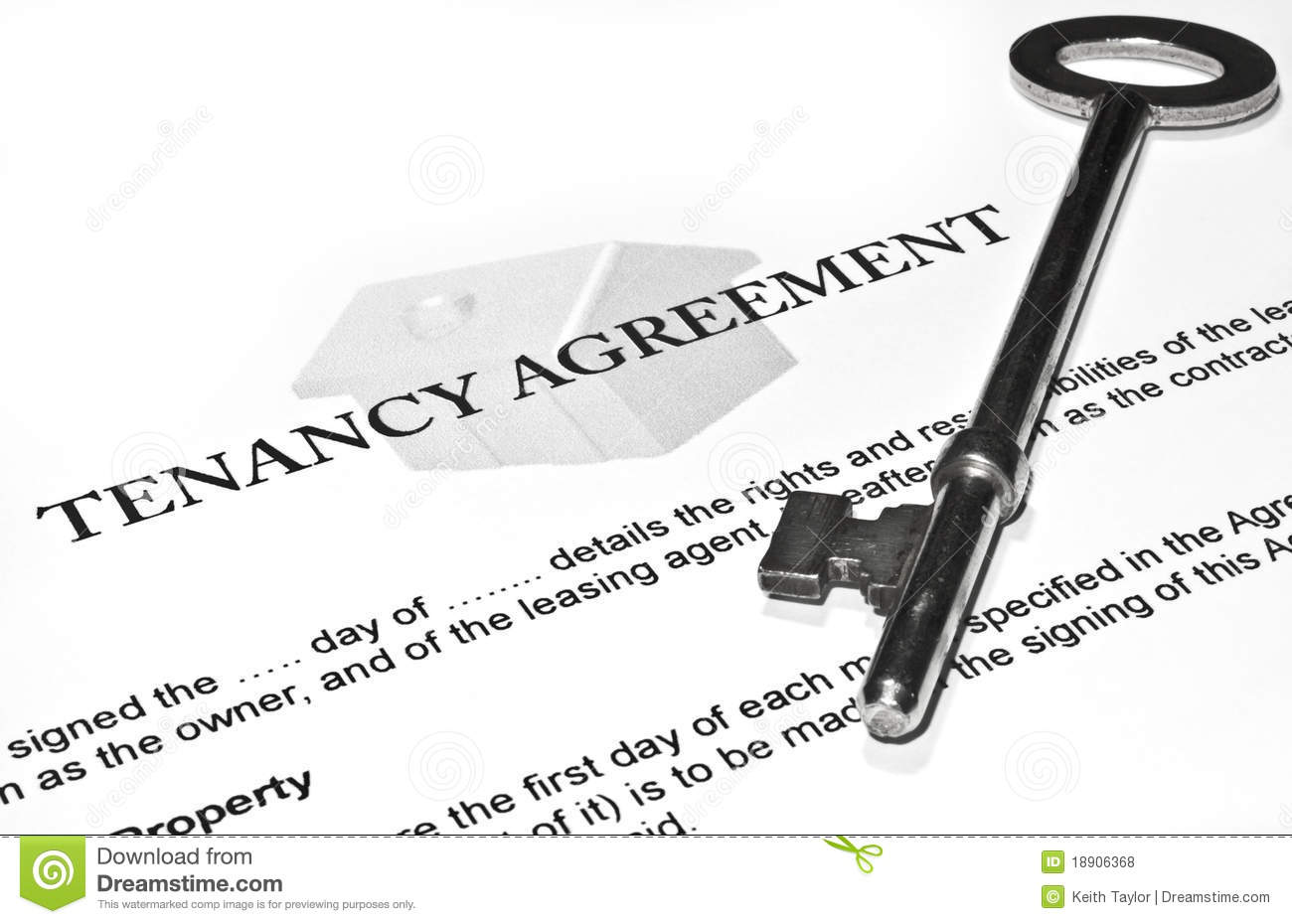 signing a new tenancy agreement stock photo