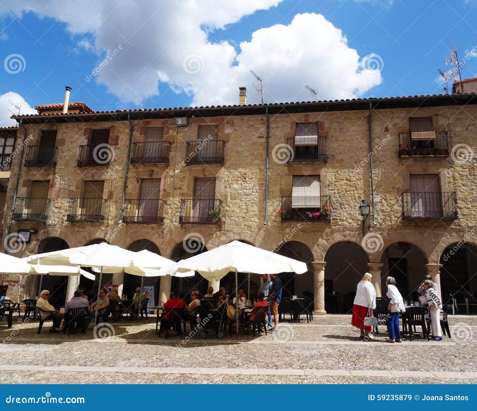 Download Siguenza, España imagen de archivo editorial. Imagen de pintoresco - 59235879