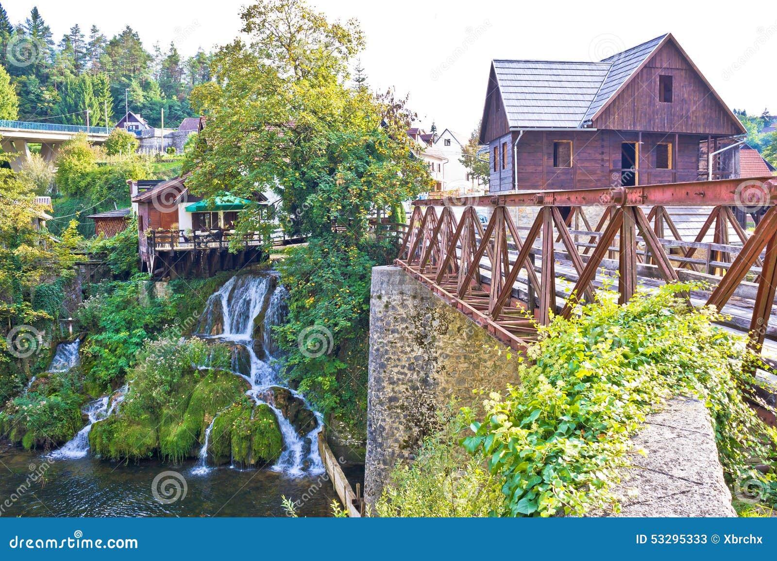 Siklawy Rastoke rzeki wioska
