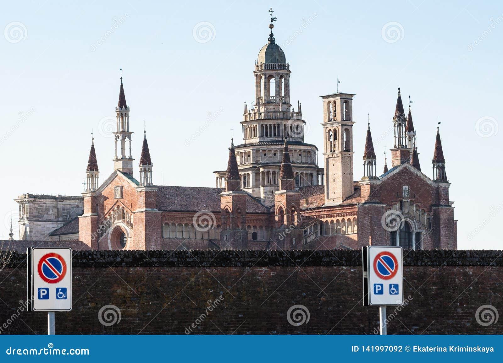 Sikt av Certosa di Pavia