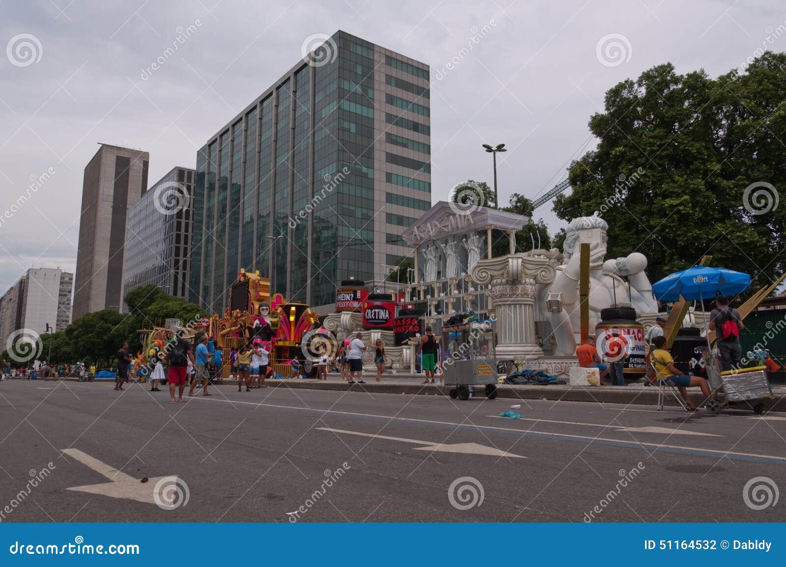 Sikt av den Avenida Presidente Vargas avenyn i Rio de Janeiro under karneval