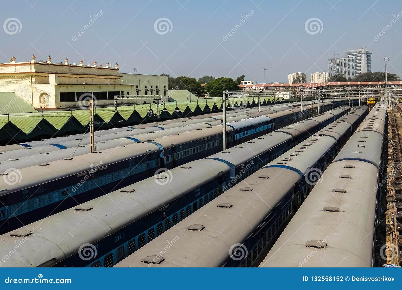 Sikt av den Bangalore stadsjärnvägsstationen