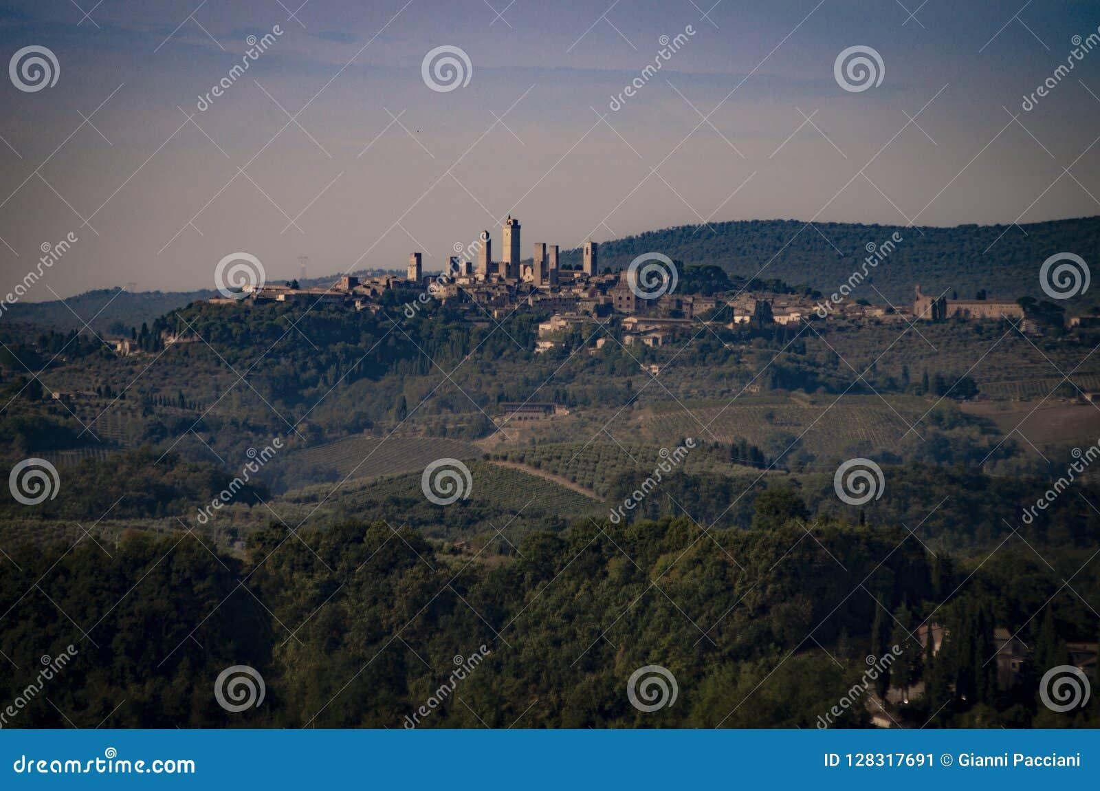 Sikt av den San Gimignano UNESCOvärldsarvet