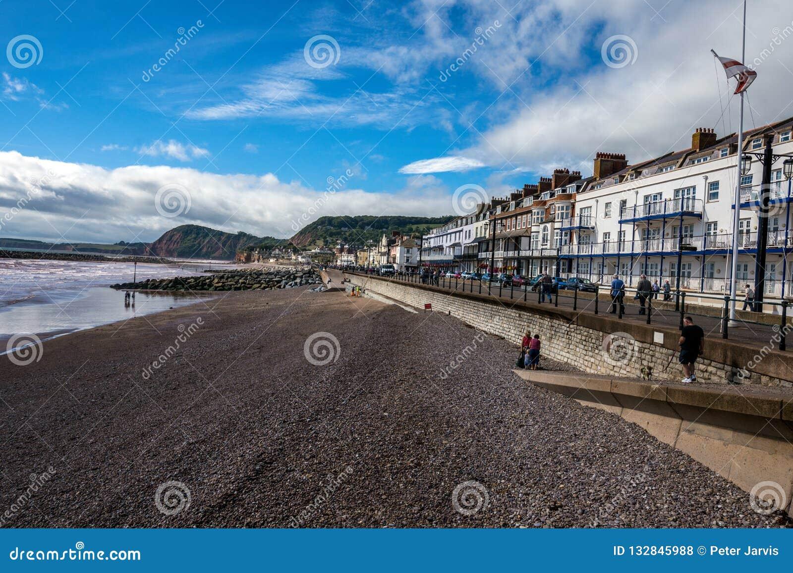 Sikt av den Sidmouth sjösidan, Devon, England
