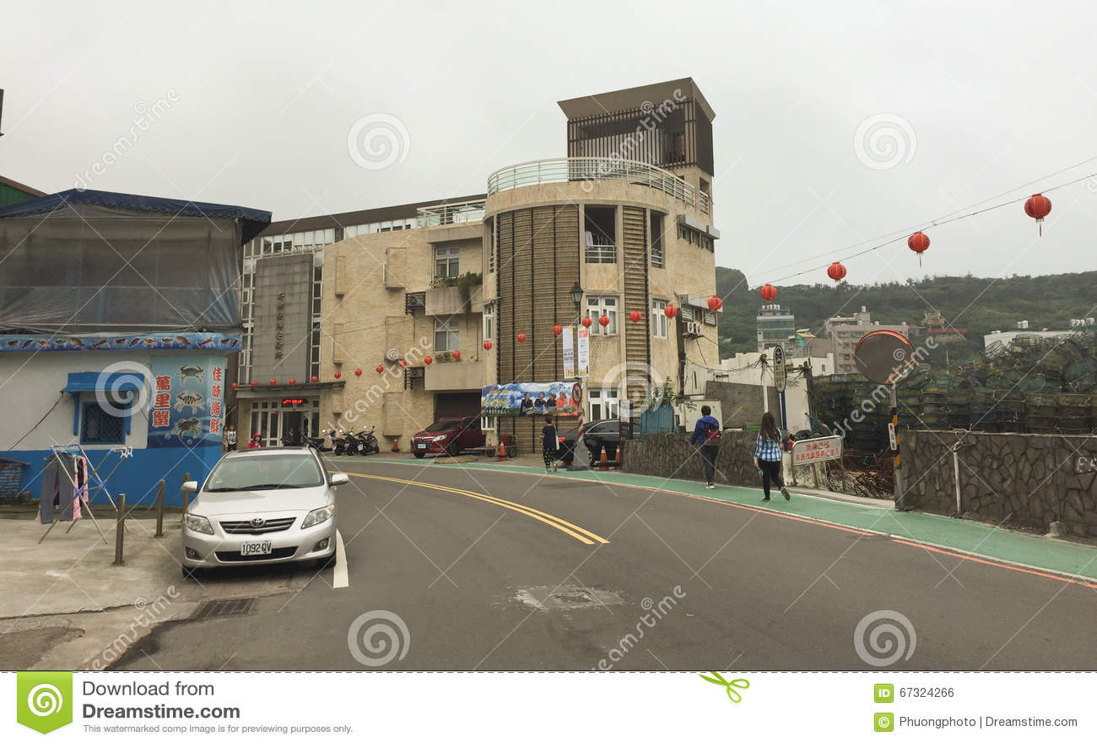 Sikt av gatan i det Wanhua området av Taipei