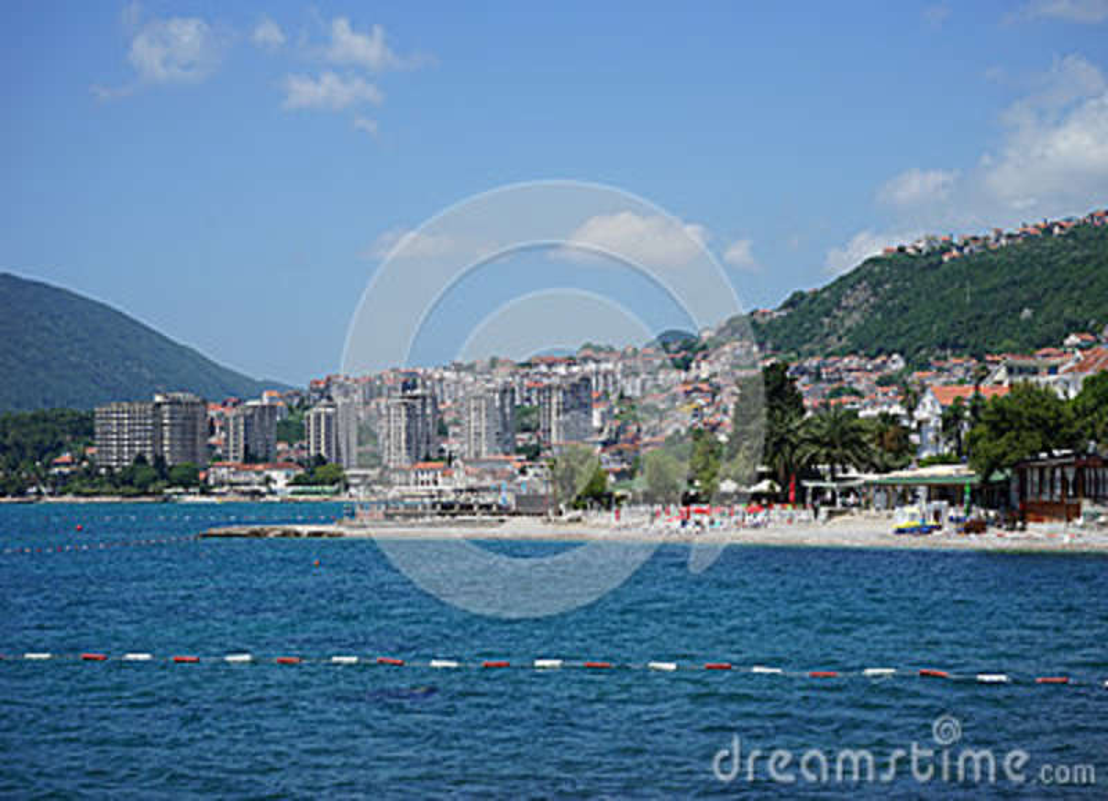 Sikt av havet i Herceg Novi