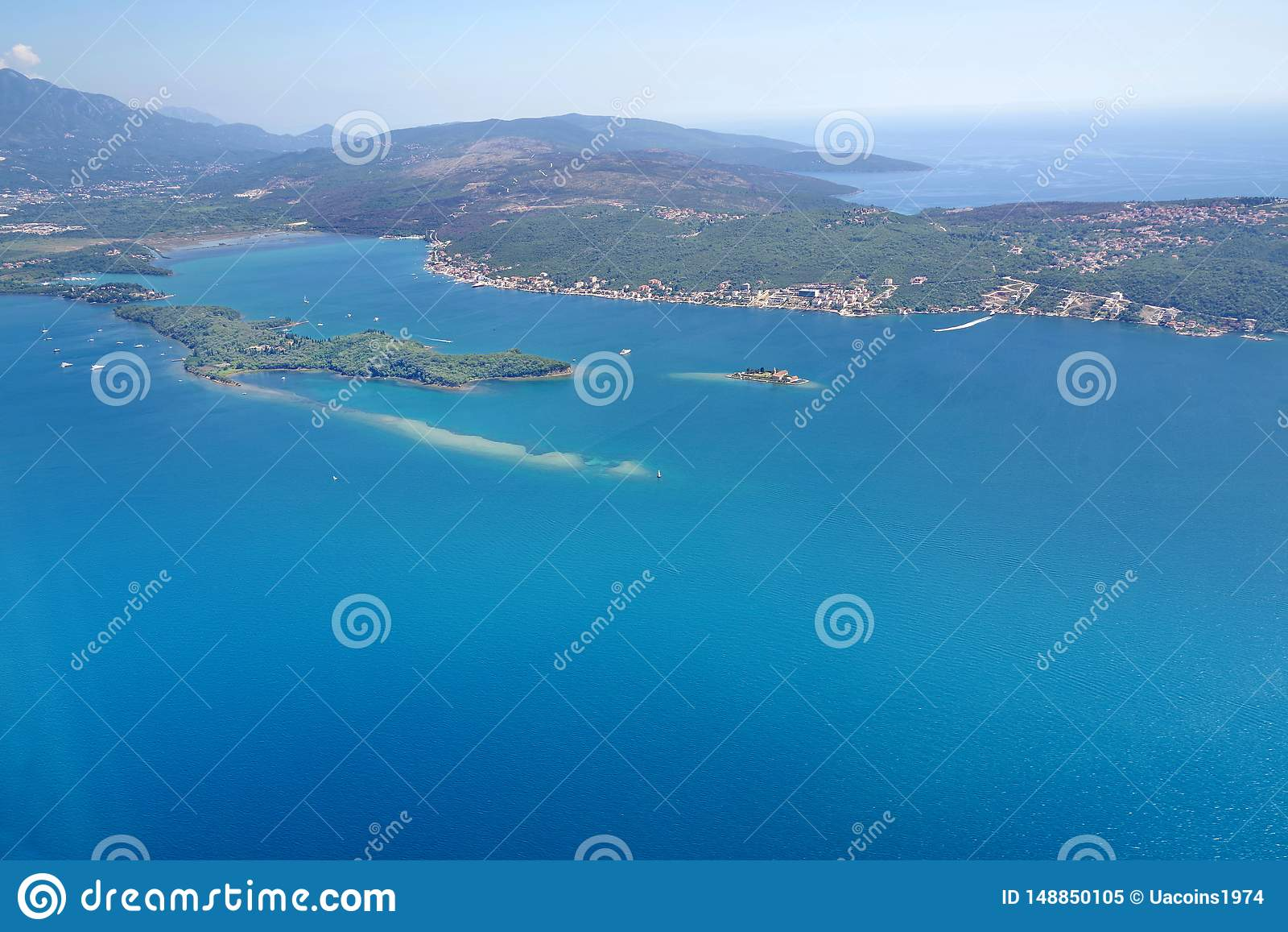 Sikt av Montenegro från nivån