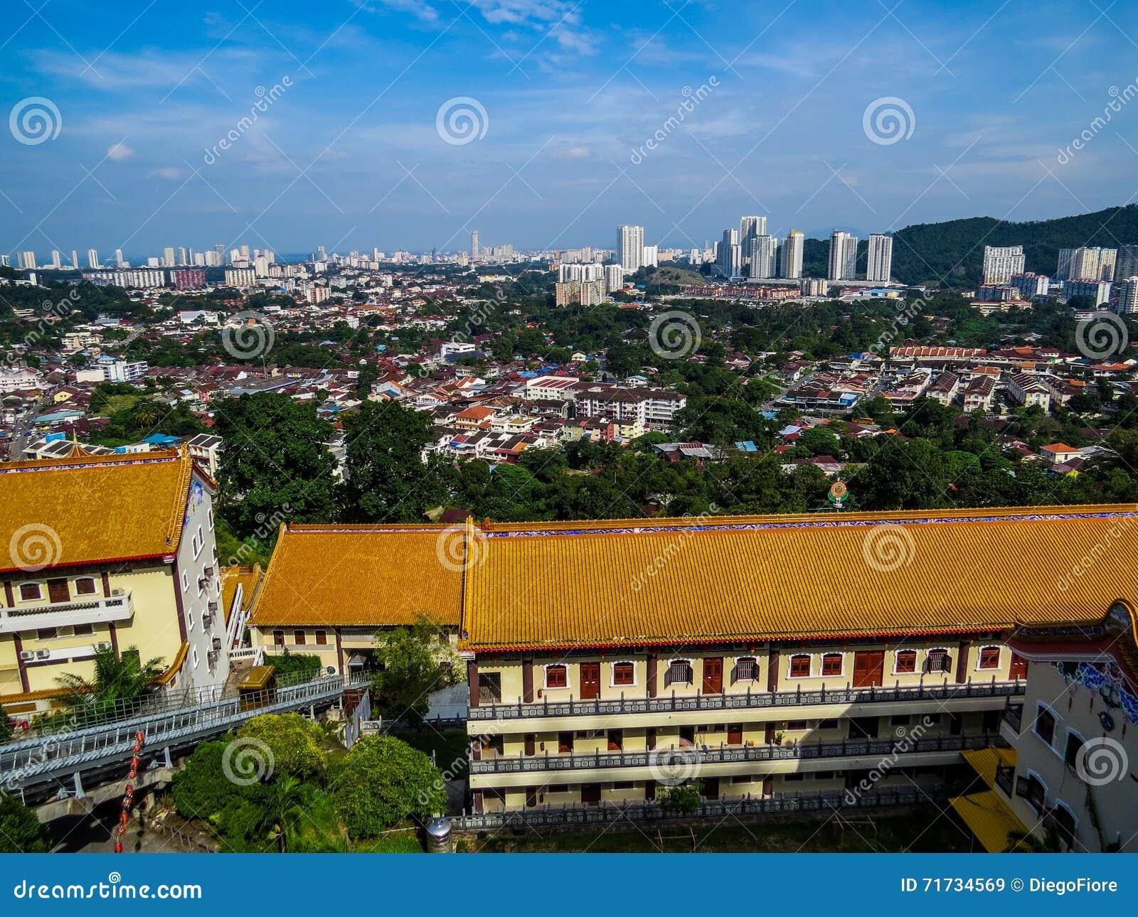 Sikt av Penang från Kek Lok Si Temple
