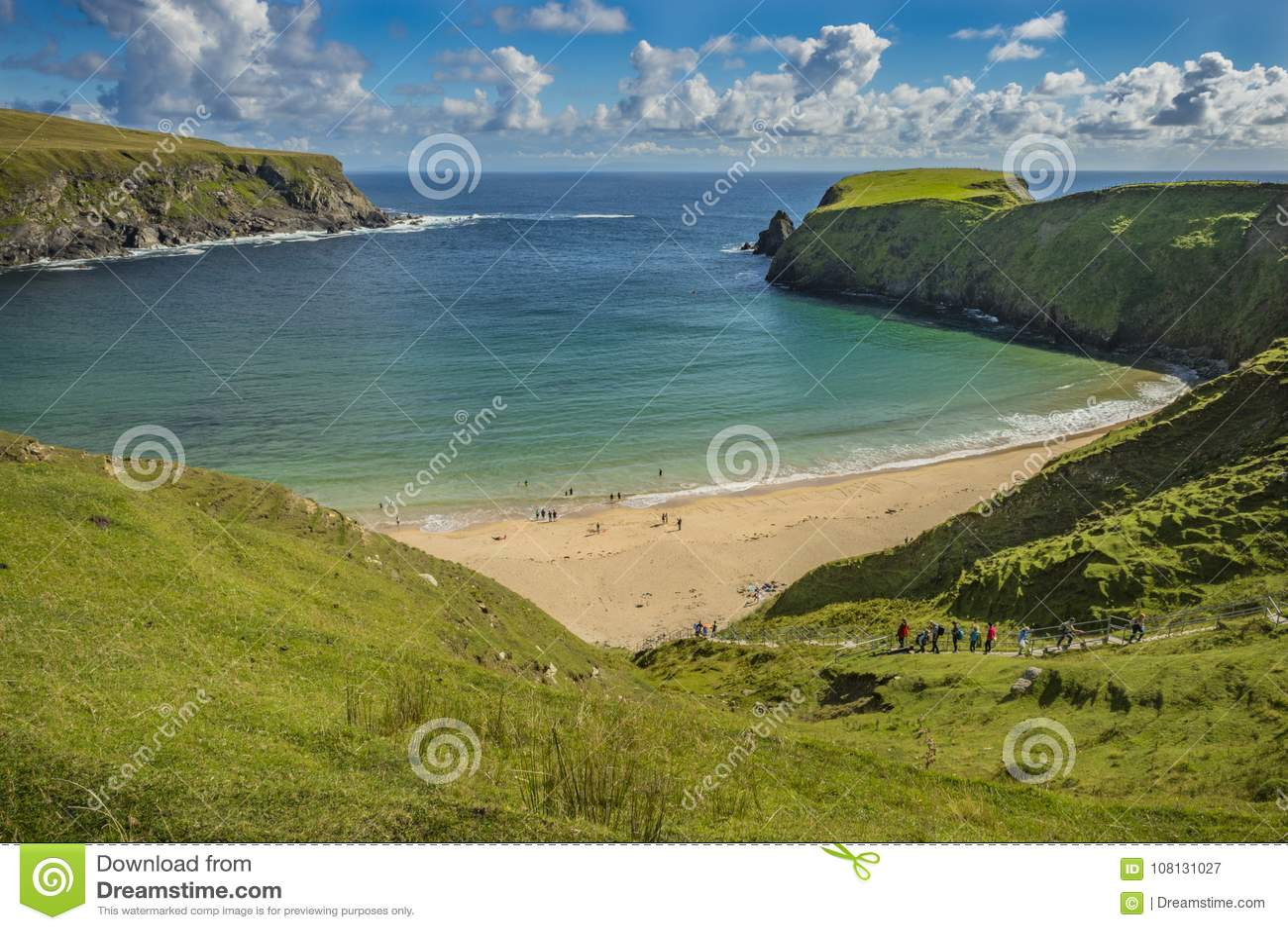 Sikt av stranden på Malin Beg, Co Donegal