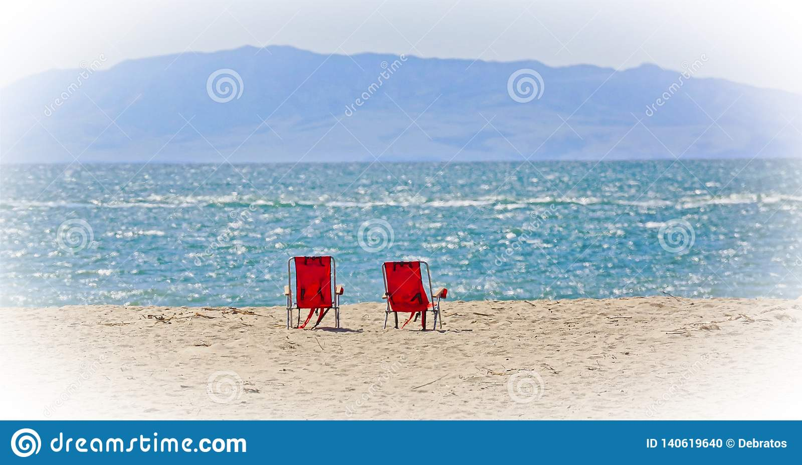 Sikt för hav för strandstolar