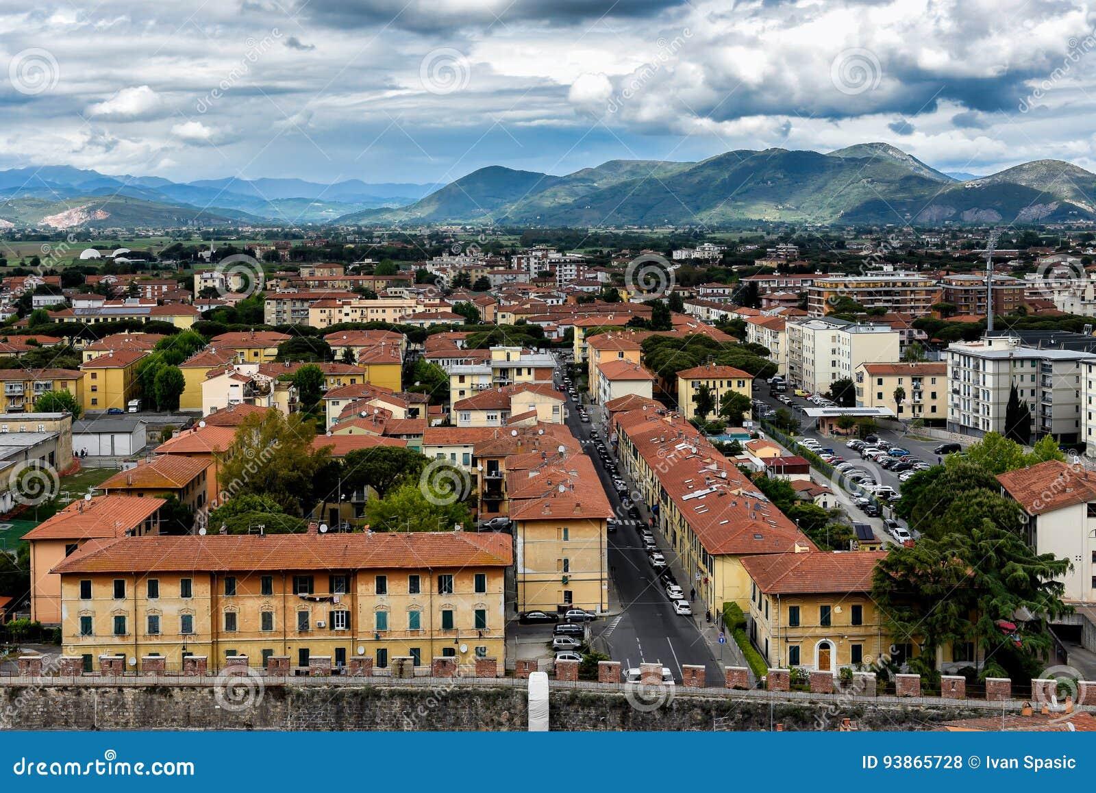 Sikt från det Pisa tornet - Italien