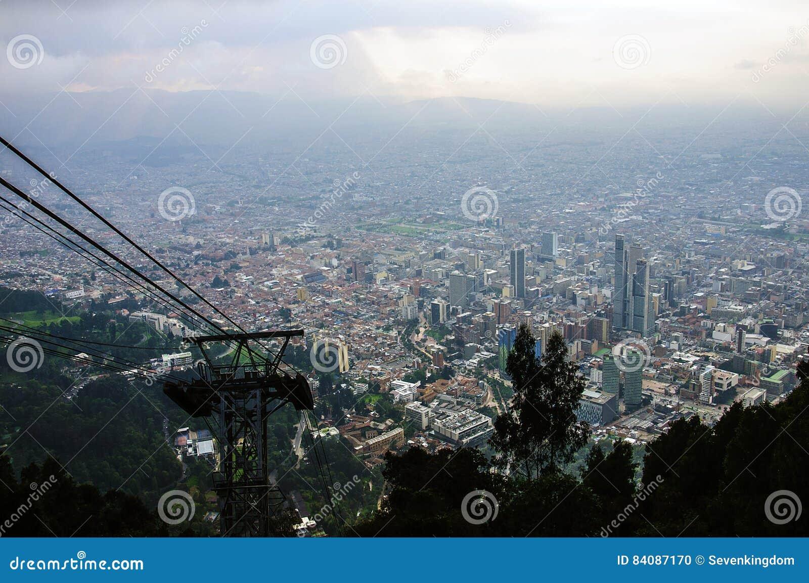 Sikt från kullen av Monserrate, Bogot, Colombia