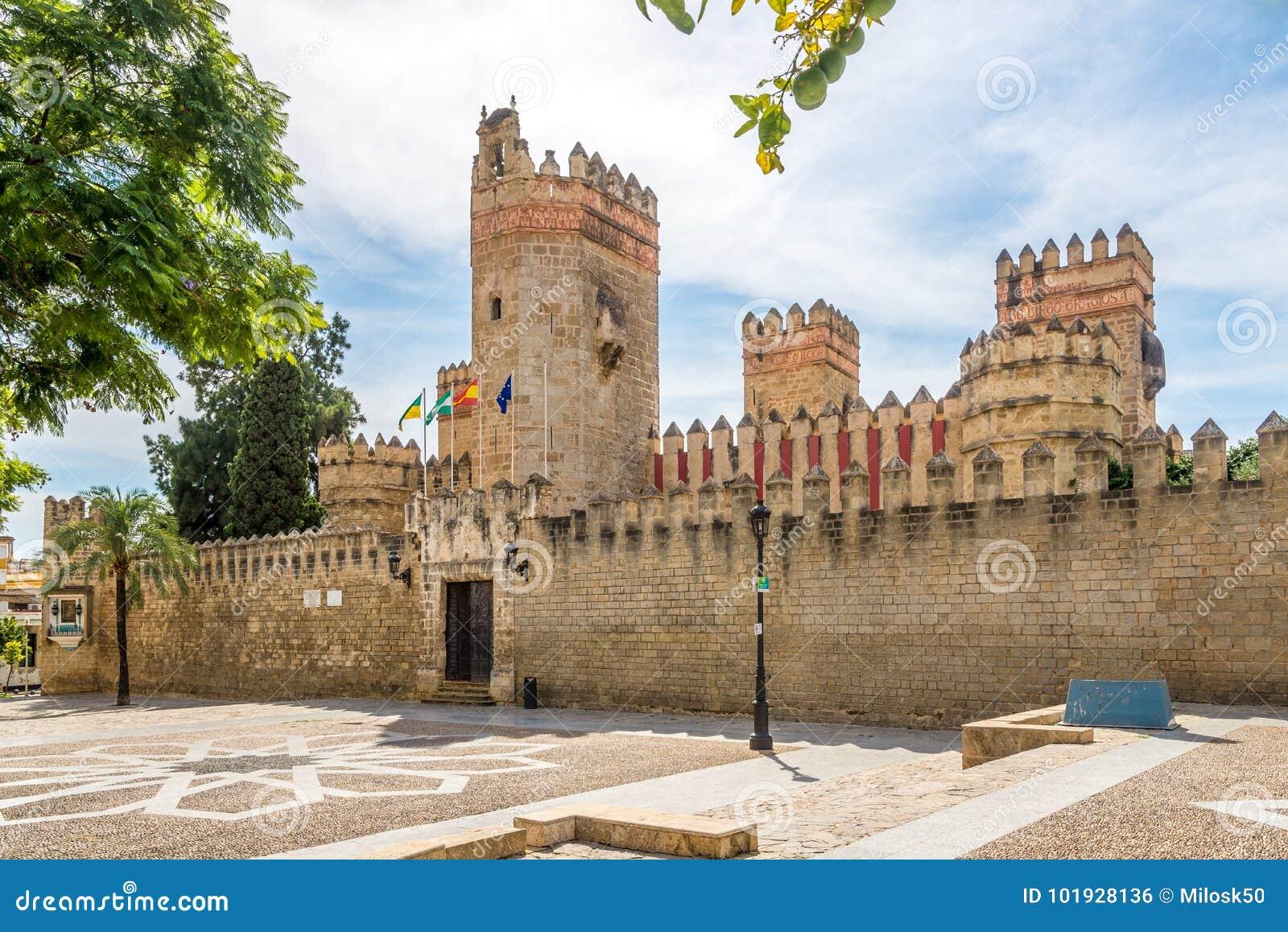Sikt på den San Marco slotten i staden för El Puerto de Santa Maria, Spanien