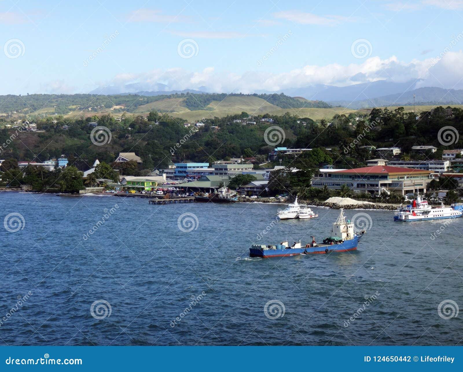 Sikter av Honiara från ett kryssningskepp, Solomon Islands