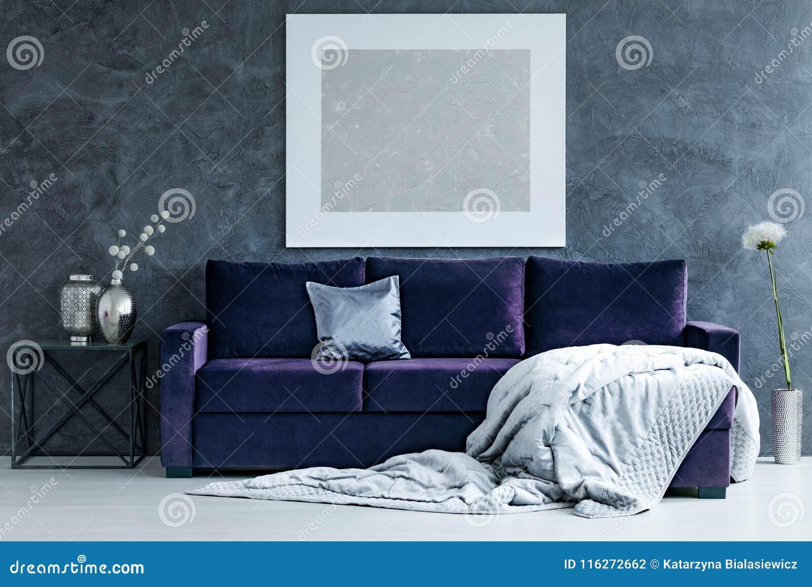 Silberne Malerei Im Wohnzimmer
