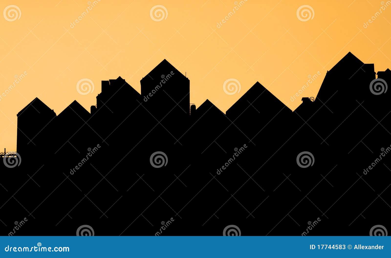silhouette d 39 un toit d 39 une maison photos stock image 17744583. Black Bedroom Furniture Sets. Home Design Ideas