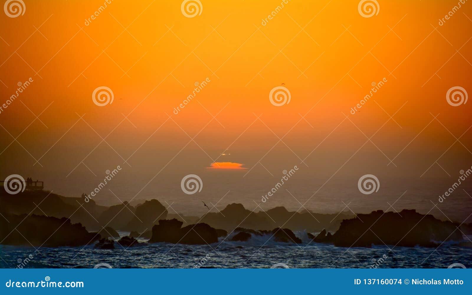 Silhouette de coucher du soleil de Mendocino