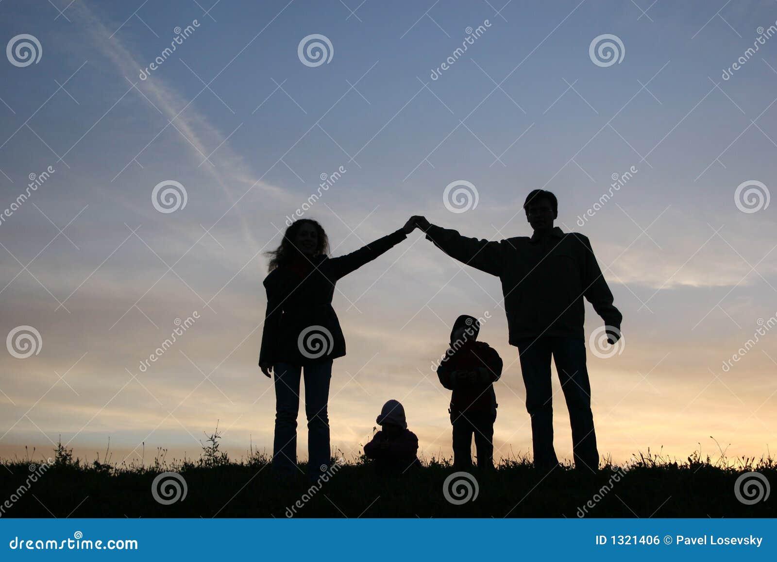 silhouette-family-house-1321406.jpg