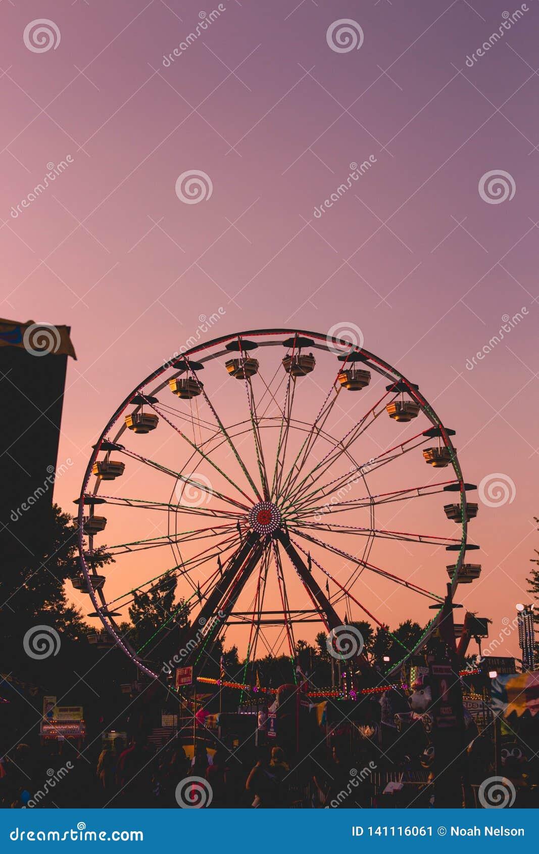 Ferris Wheel Silhouette Editorial Photo Image Of Silhouette 141116061