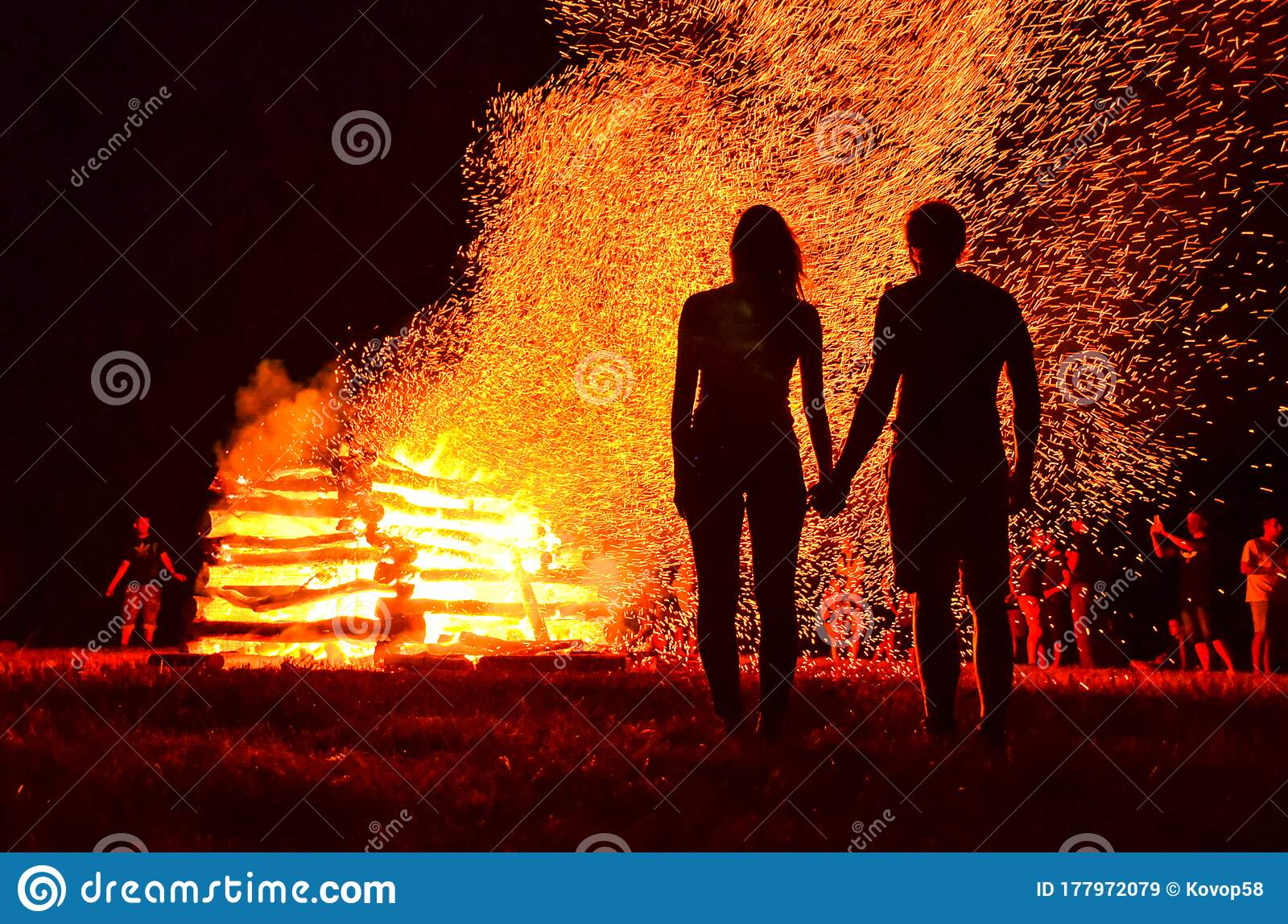 Silhouette Of Loving Couple In Fire Background Original Wallpaper Valentine Or Wedding Theme Stock Image Image Of Outdoor Relax 177972079