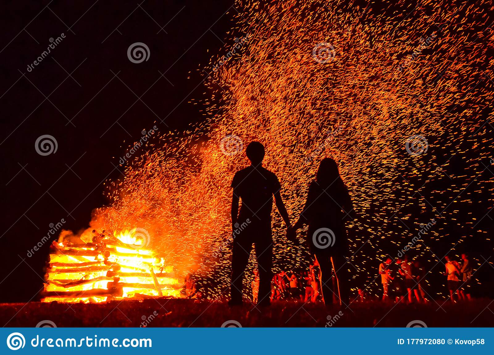 Silhouette Of Loving Couple In Fire Background Original Wallpaper Valentine Or Wedding Theme Stock Photo Image Of Evening Silhouette 177972080