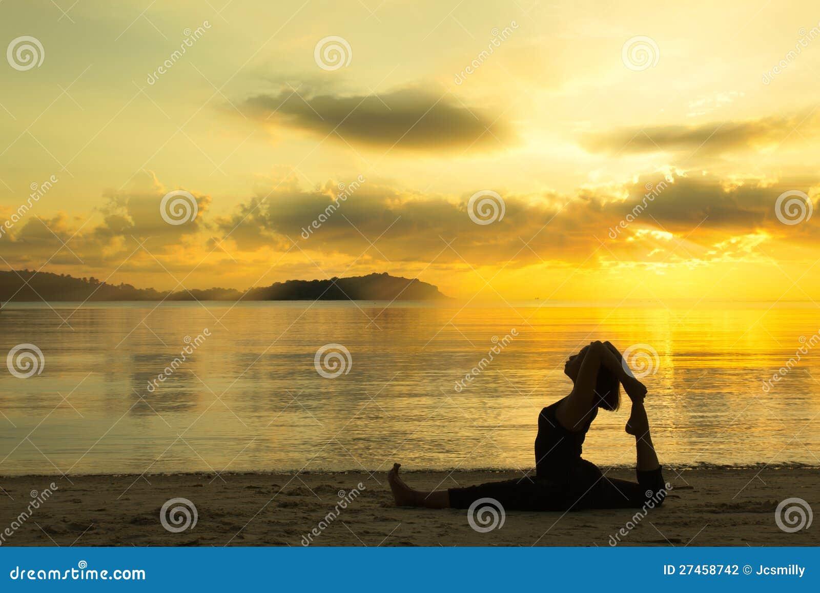 Beautiful Beach Sunrise With Woman Hot Girls Wallpaper