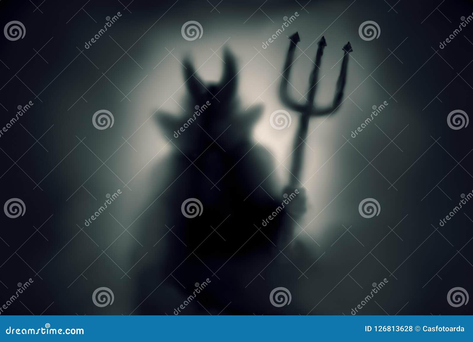 Silhueta assustador do diabo