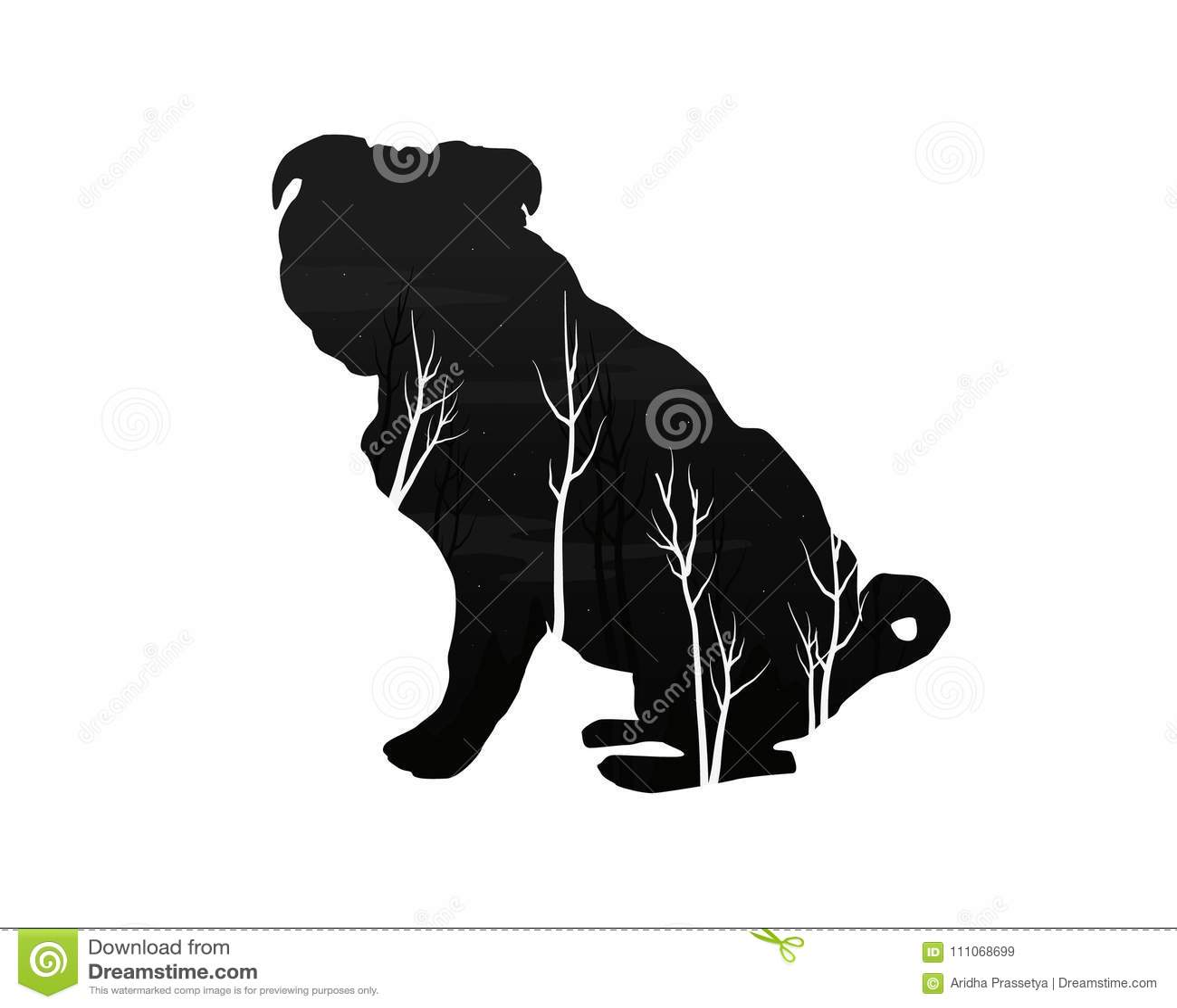 Silhueta de um cão com floresta do pinho