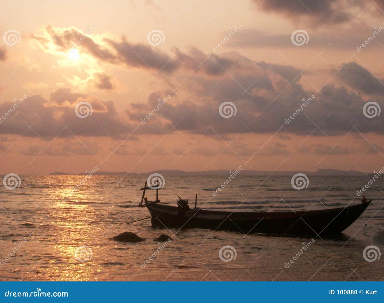 Silhueta do barco