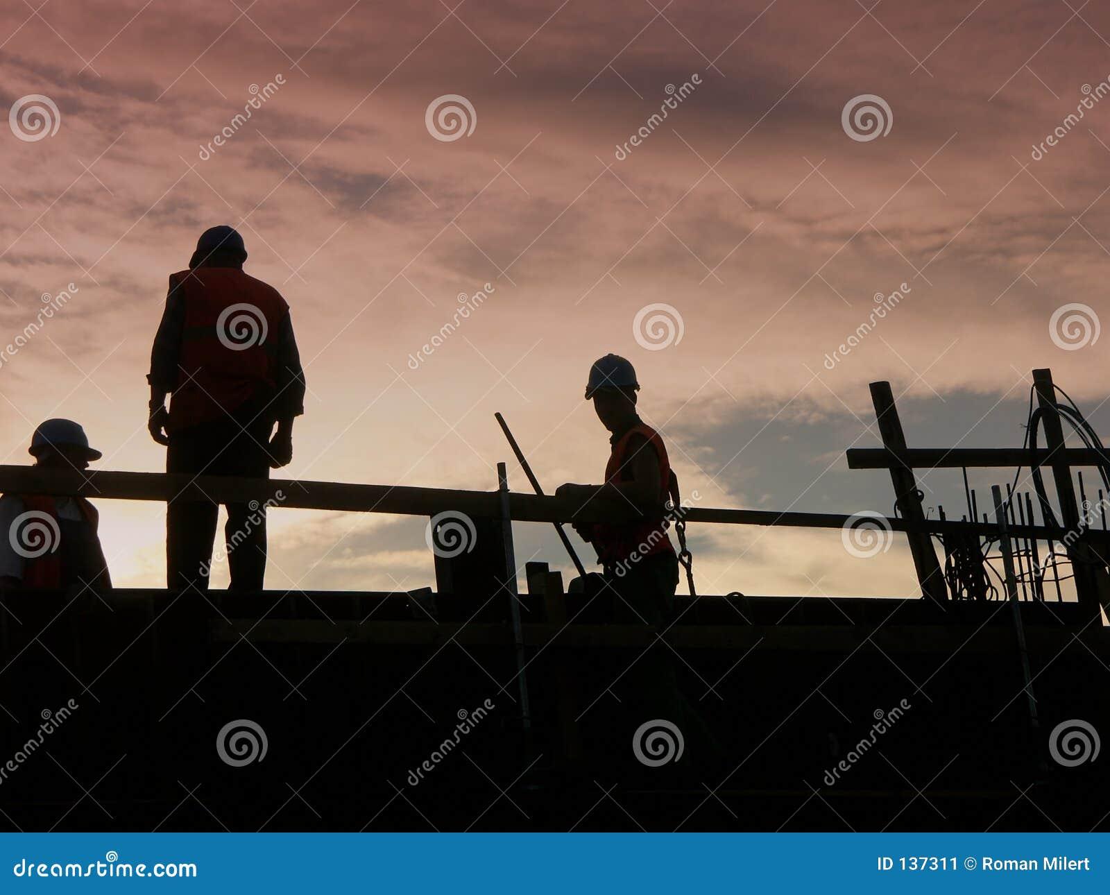 Silhuetas dos trabalhadores