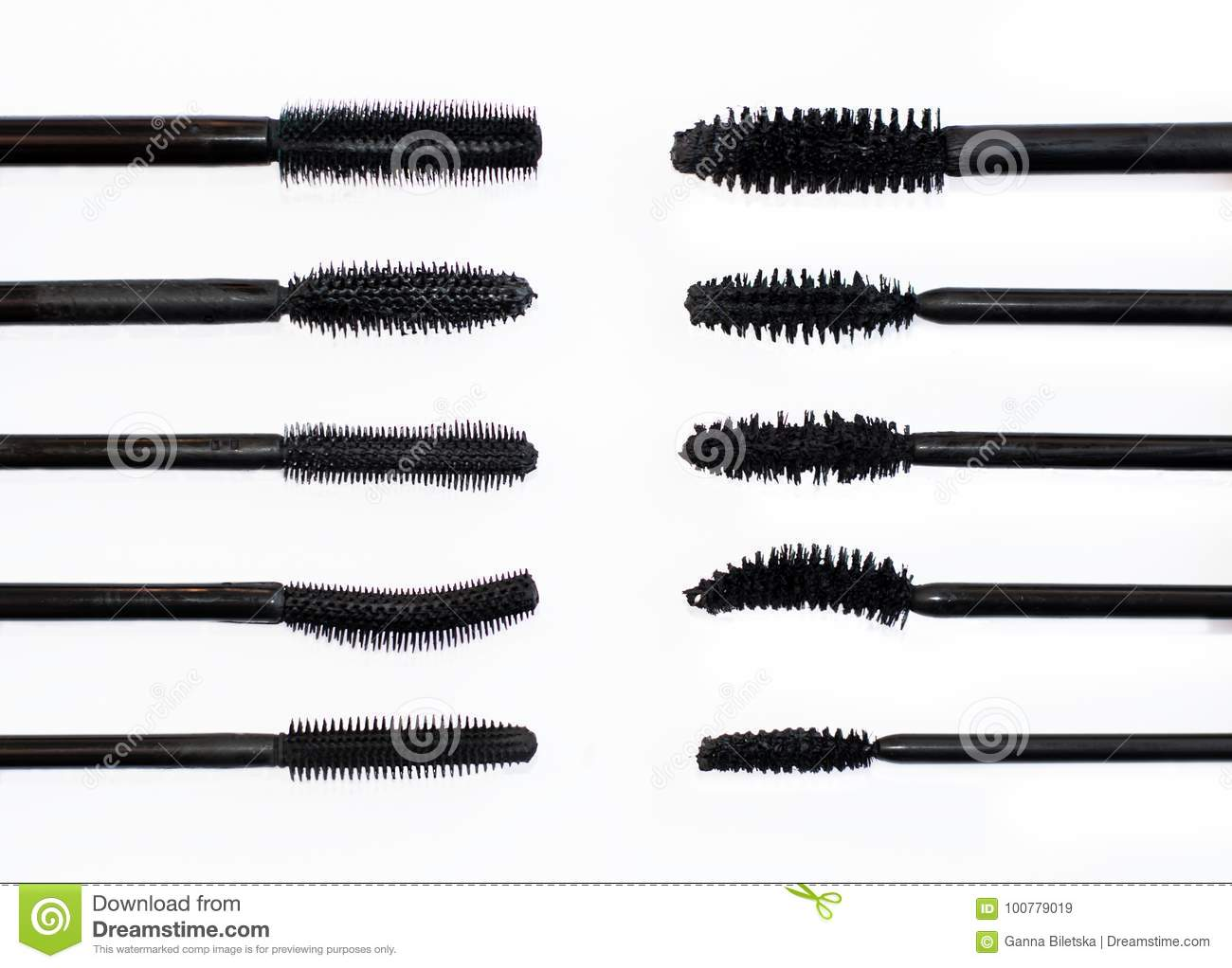 1f5d4f1a235 Silicone brushes for mascara against conventional brushes. Types of brushes  for eyelashes, choice. Brushes for mascara, compare, opposite each other