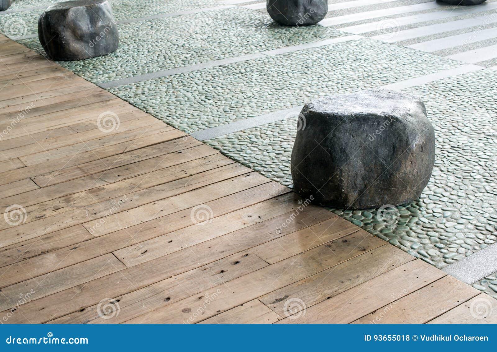 Silla de piedra grande